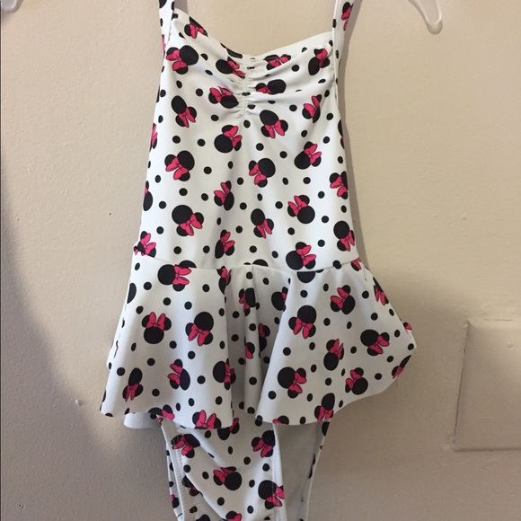4f6a37edc5018 Minnie Mouse swimsuit. M_5ac7cd709d20f03feb34cce3
